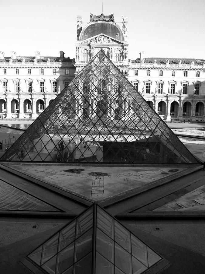 Pyramids Photograph - Aligned Pyramids At The Louvre by Donna Corless