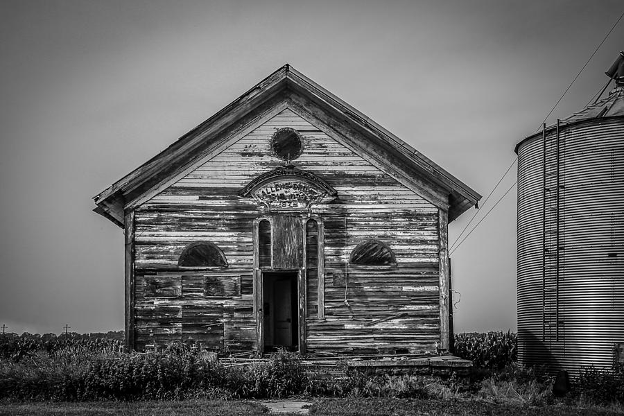 Iowa Photograph - Allens Grove by Ray Congrove
