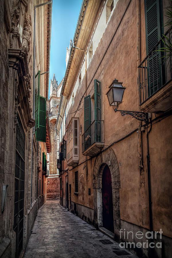 Alley Palma De Mallorca 3 Photograph