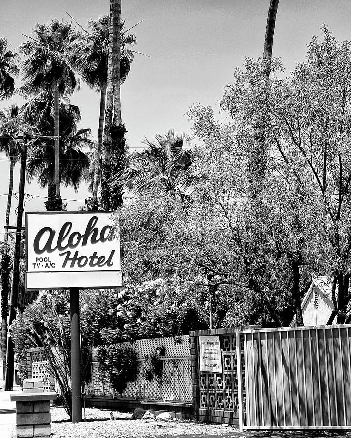 Old Hotels Photograph - Aloha Hotel Bw Palm Springs by William Dey