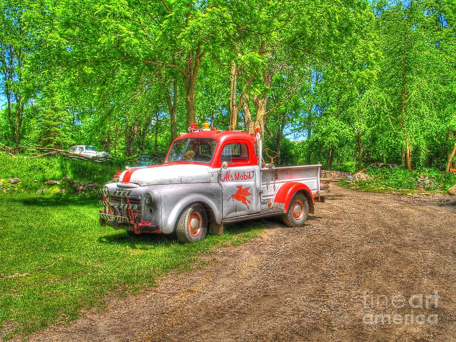 Truck Photograph - Als Mobile by Jimmy Ostgard