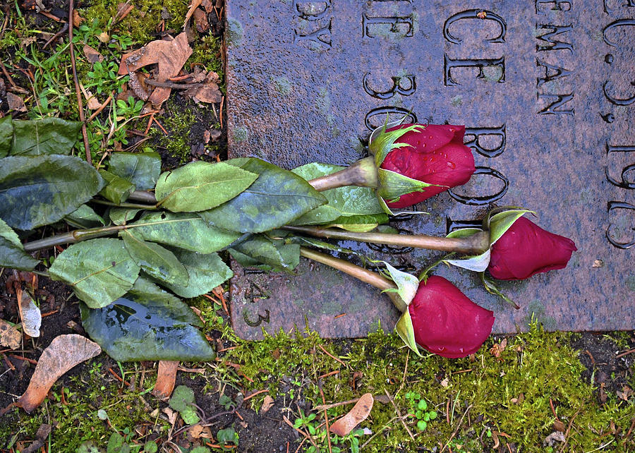 Cemetary Photograph - Always In My Heart by Kelly E Schultz