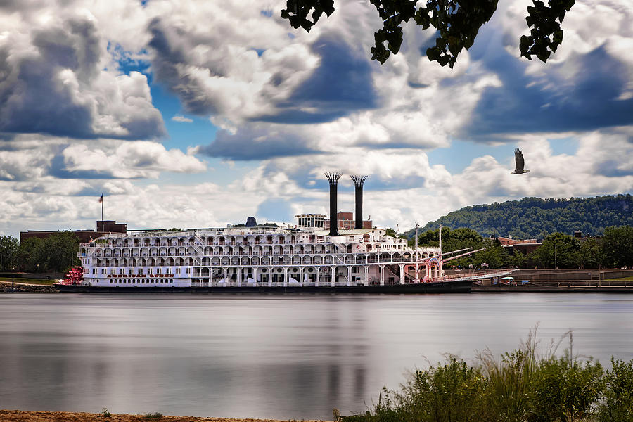 American Queen in Winona by Al  Mueller