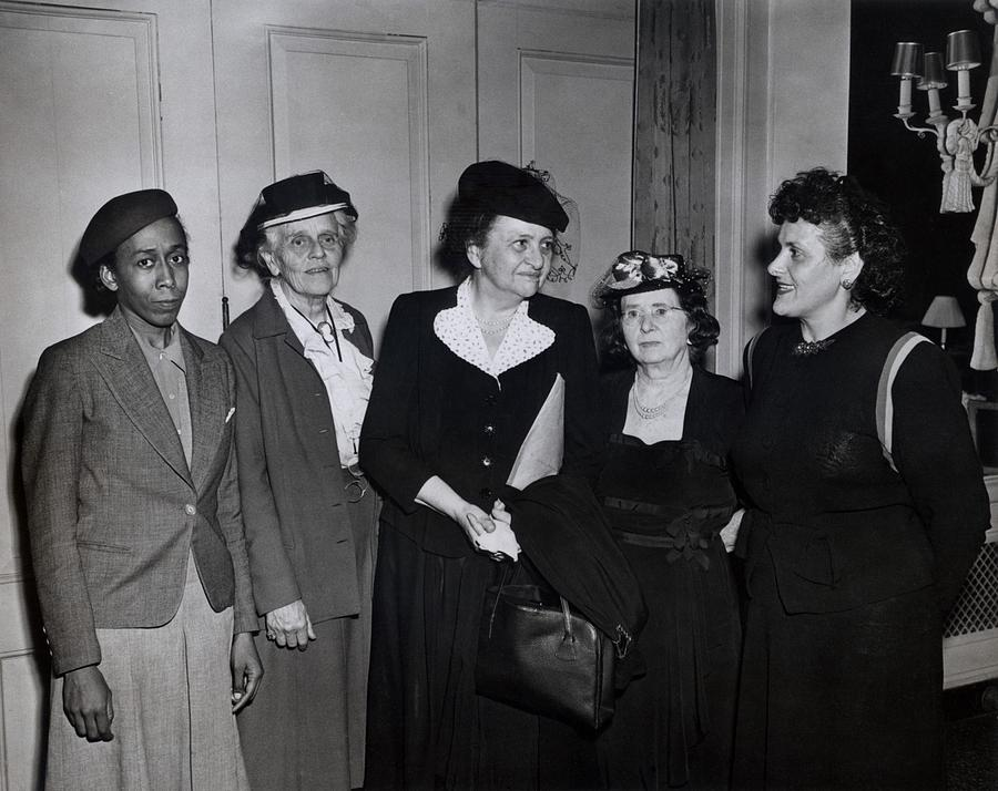 History Photograph - American Women Labor Leaders by Everett
