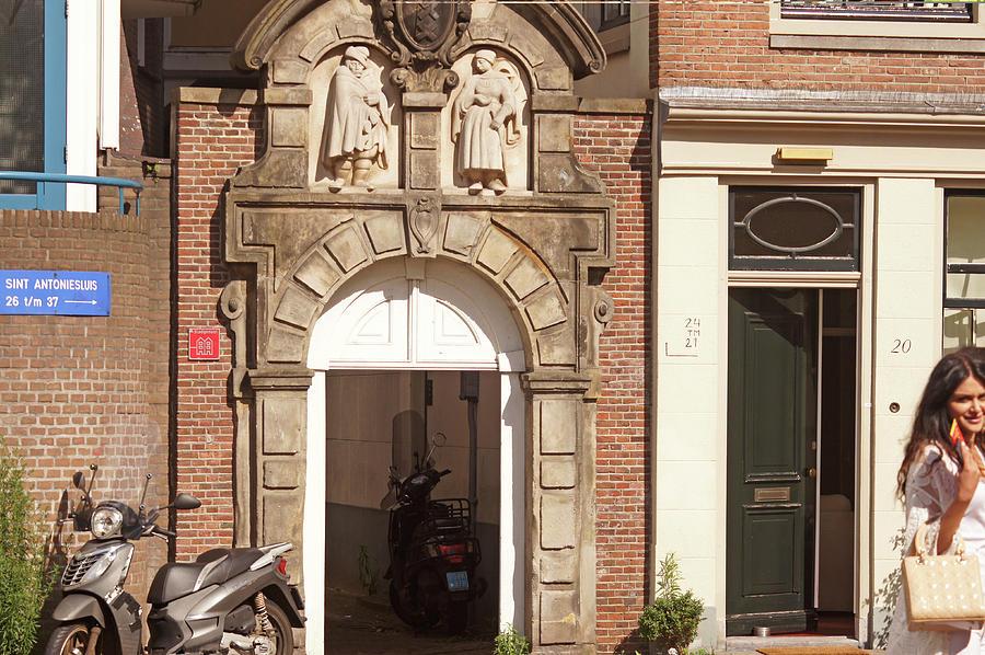 Amsterdam 29 by Steve Breslow