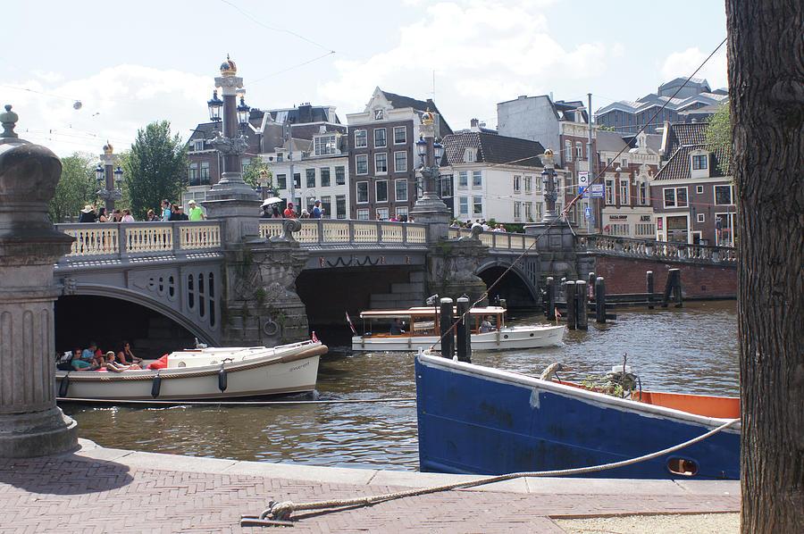 Amsterdam 32 by Steve Breslow