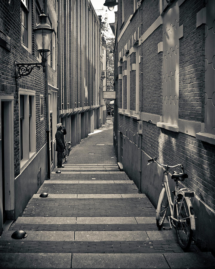 Alley Photograph - Amsterdam by Adam Romanowicz