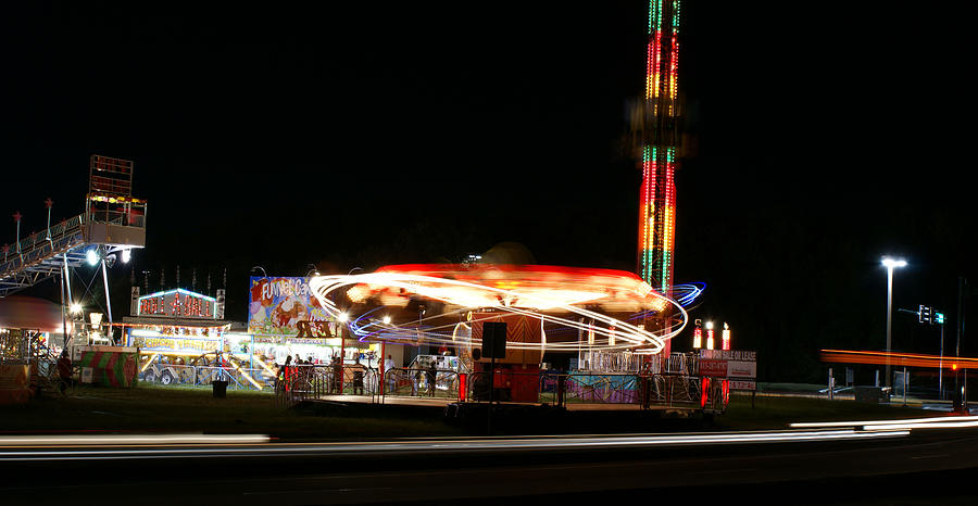 Rides Photograph - Amusement by Chauncy Holmes