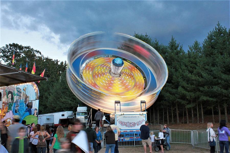 Amusement Ride 3 Photograph By Jp Morris