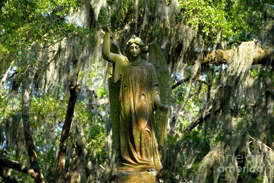 Cemetery Photograph - Angel Of Savanna by David Lee Thompson