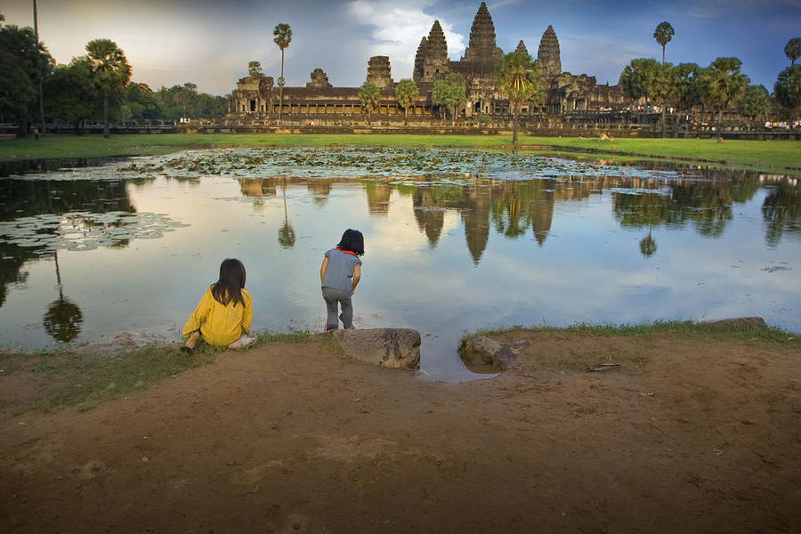 Angkor Wat by Jed Holtzman