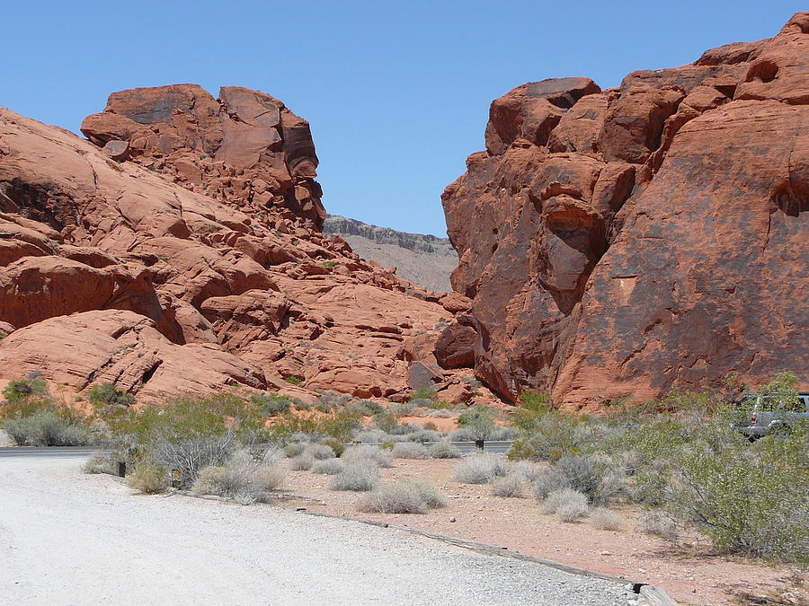 Valley Of Fire Nevada Photograph - Another View Of The Valley Of Fire by Joe Smiga