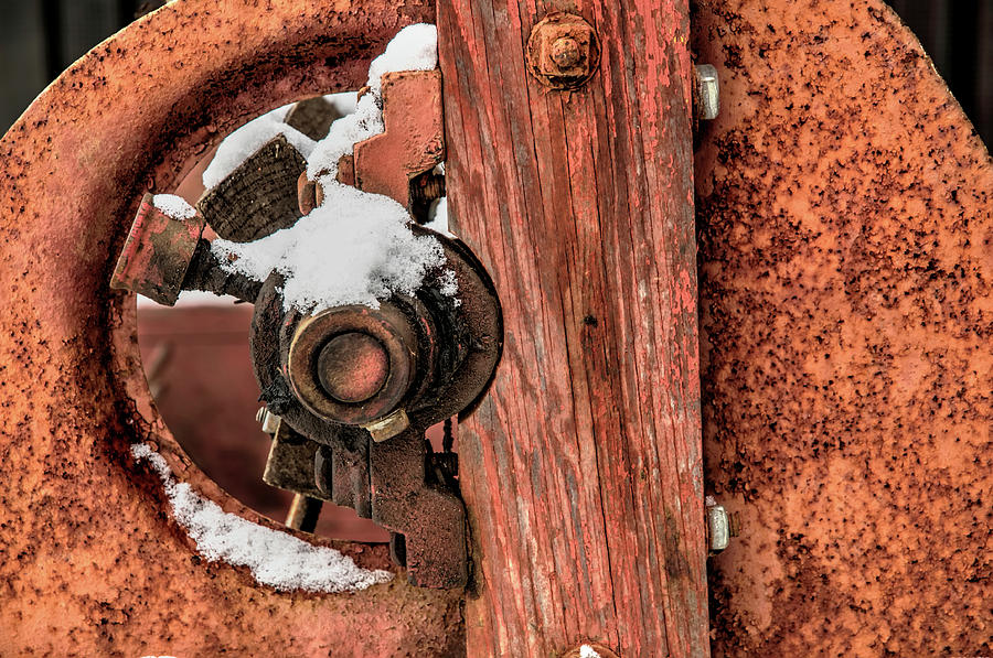 Antique Wagon Axle And Snow