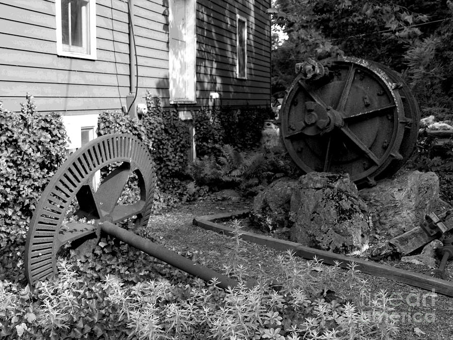 Clinton Nj Photograph - Antiques At Red Mill - Black And White by Jacqueline M Lewis