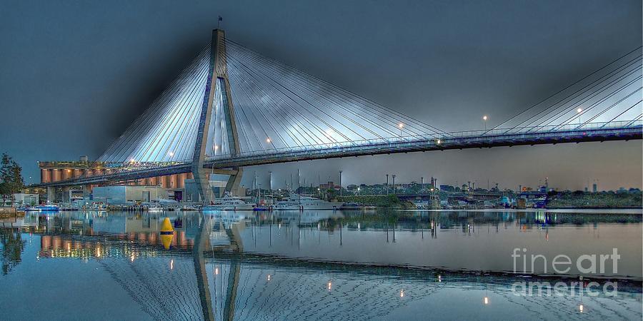 Anzac Bridge by Moonlight. by Geoff Childs