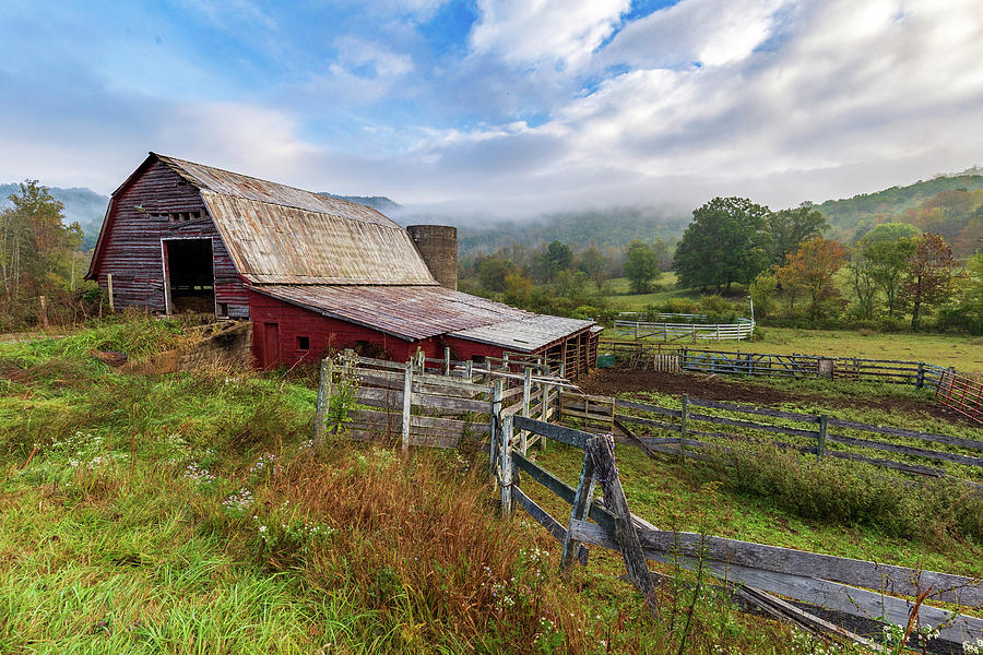 Appalachian Barn by Tim Stanley