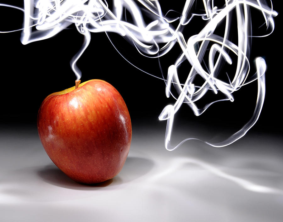 Apple With Long Exposure Light Painting Photograph By Evan Sharboneau - Fruit provides light for long exposure photographs