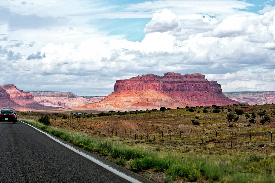 Monument Valley Photograph - Approaching Monument Valley 04 by Thomas Woolworth