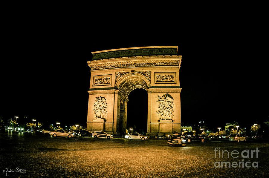 Arc De Triomphe Photograph