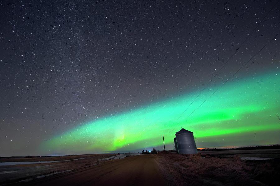 Aurora Borealis Photograph - Arc Of The Aurora by Dan Jurak