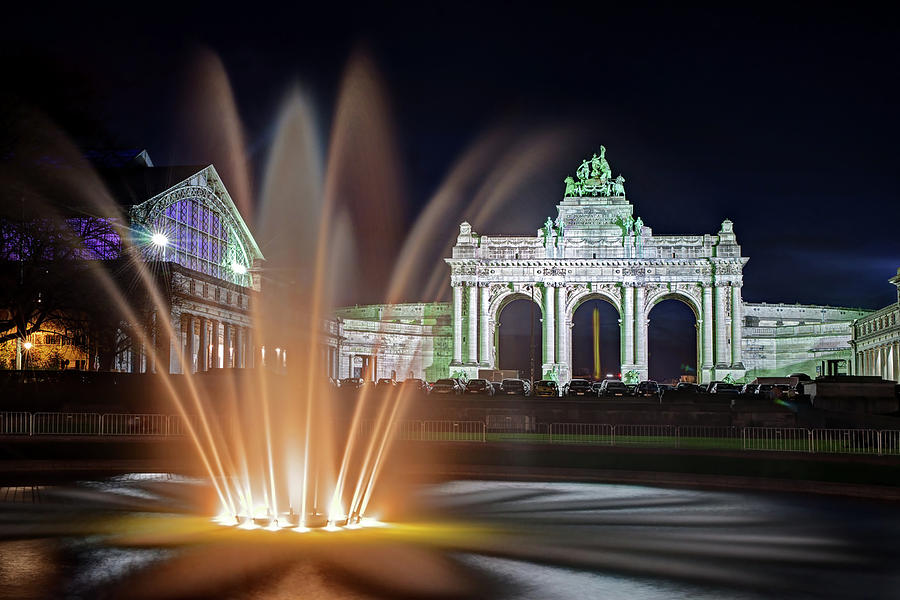 Brussels Photograph - Arcade du Cinquantenaire Fountain at Night - Brussels by Barry O Carroll