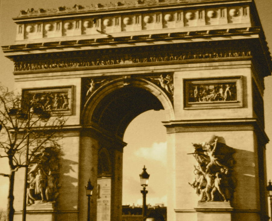Arch Photograph - Arch De Triumph by Santiago Rodriguez