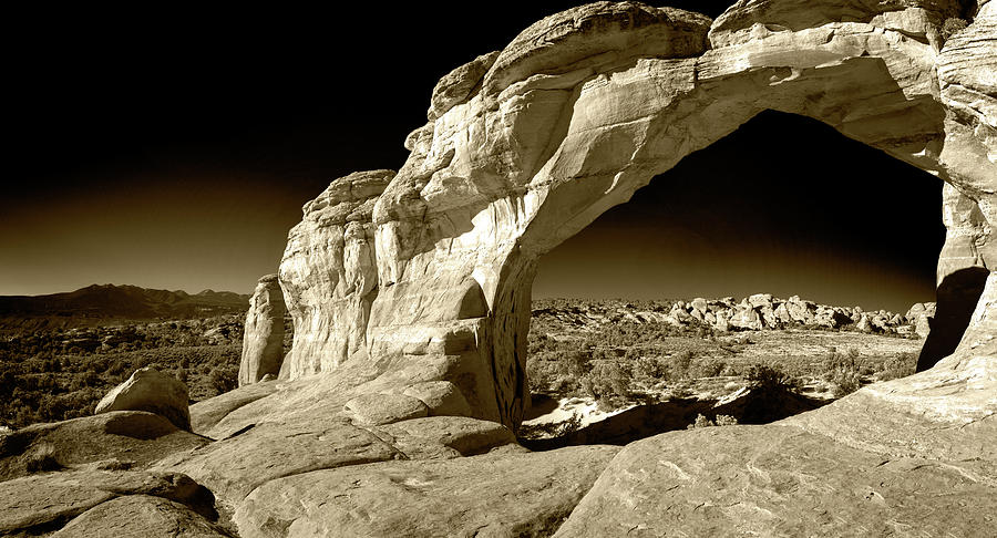 Arches National Park-Broken Arch by Levin Rodriguez