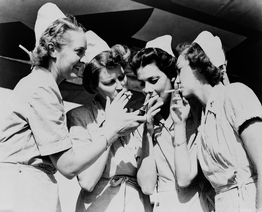 History Photograph - Army Nurses Lighting by Everett