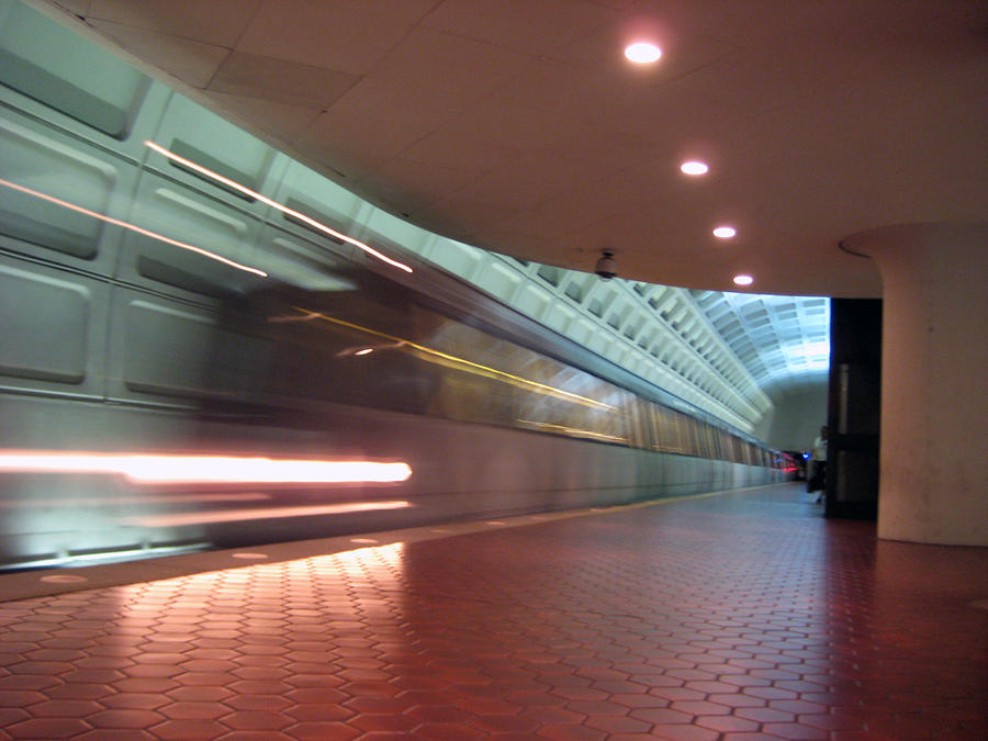 Metro Photograph - Arriving by Sean Owens