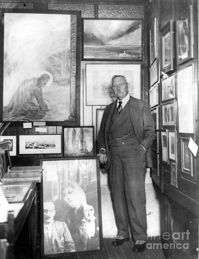 1928 Photograph - Arthur Conan Doyle by Granger