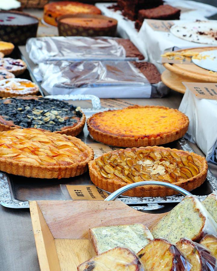 Pies Photograph - Artisans Market 7806 by PhotohogDesigns