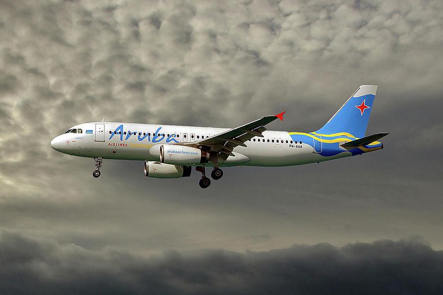 Aruba Photograph - Aruba Airlines Airbus A320-232 116 by Smart Aviation