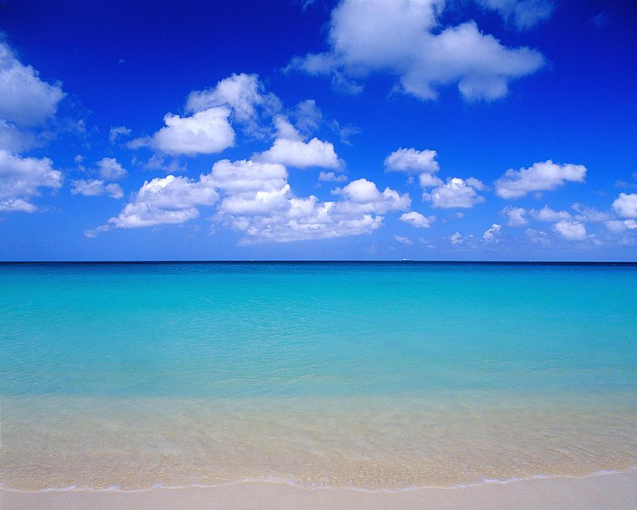 Aruba Photograph - Aruba Sky And Sea by Robert Ponzoni