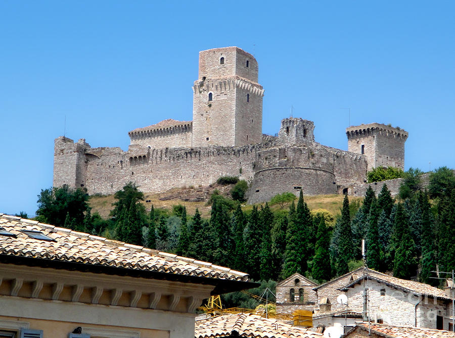 Assisi Italy Photograph - Assisi Italy - Rocca Maggiore by Gregory Dyer