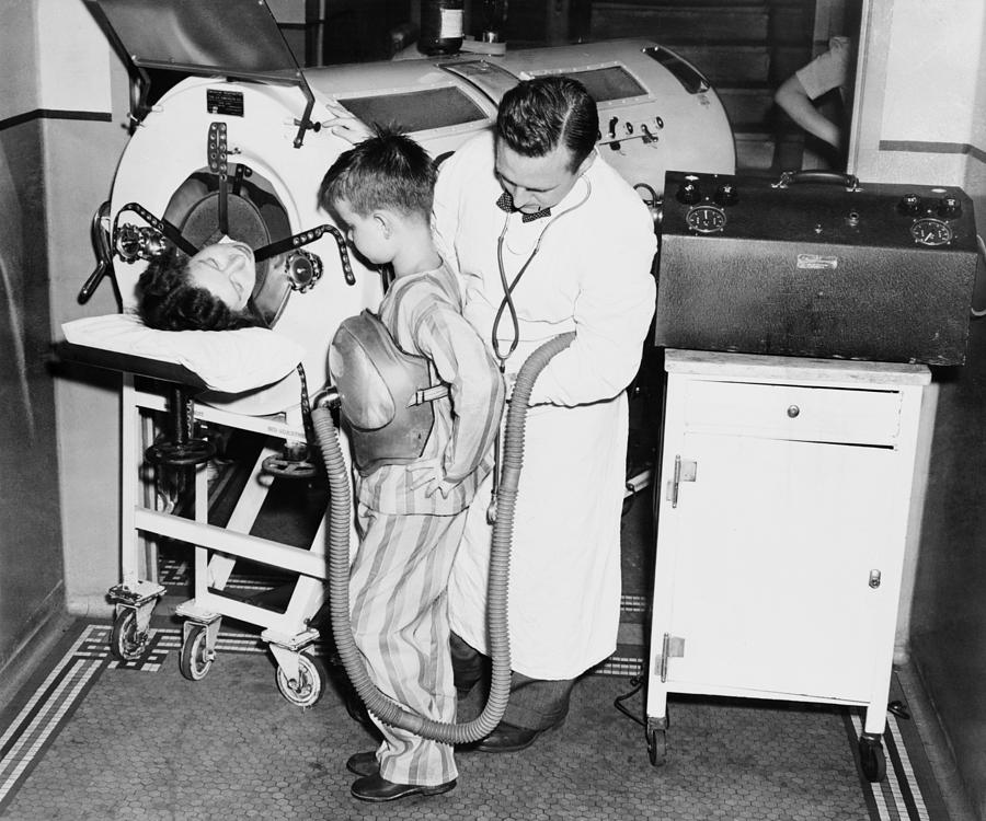 History Photograph - At The Height Of A Polio Epidemic, Dr by Everett