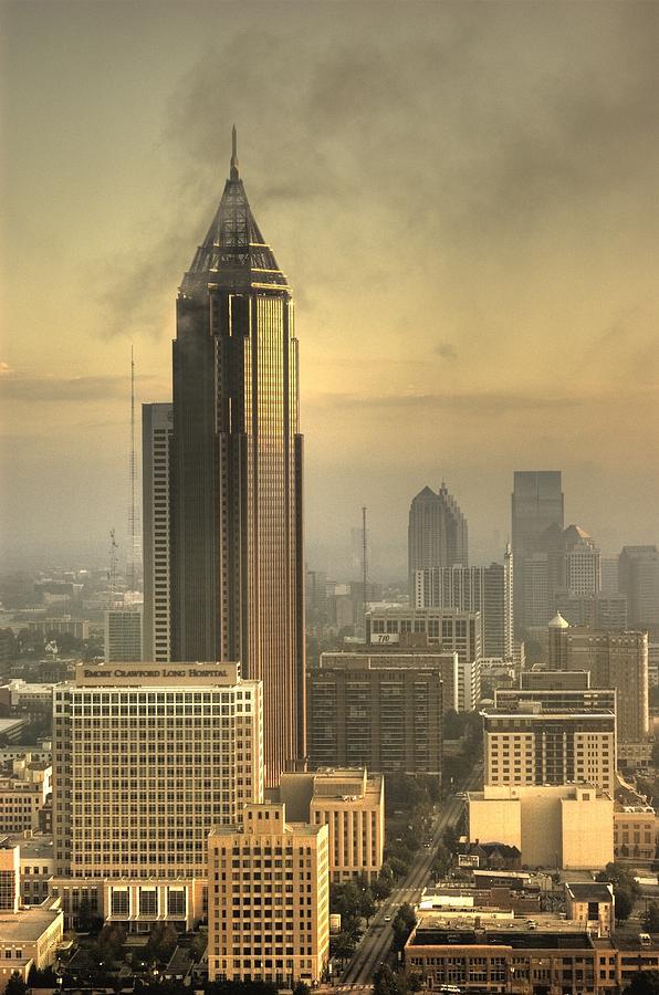 Atlanta Photograph - Atlanta Skyline At Dusk by Robert Ponzoni