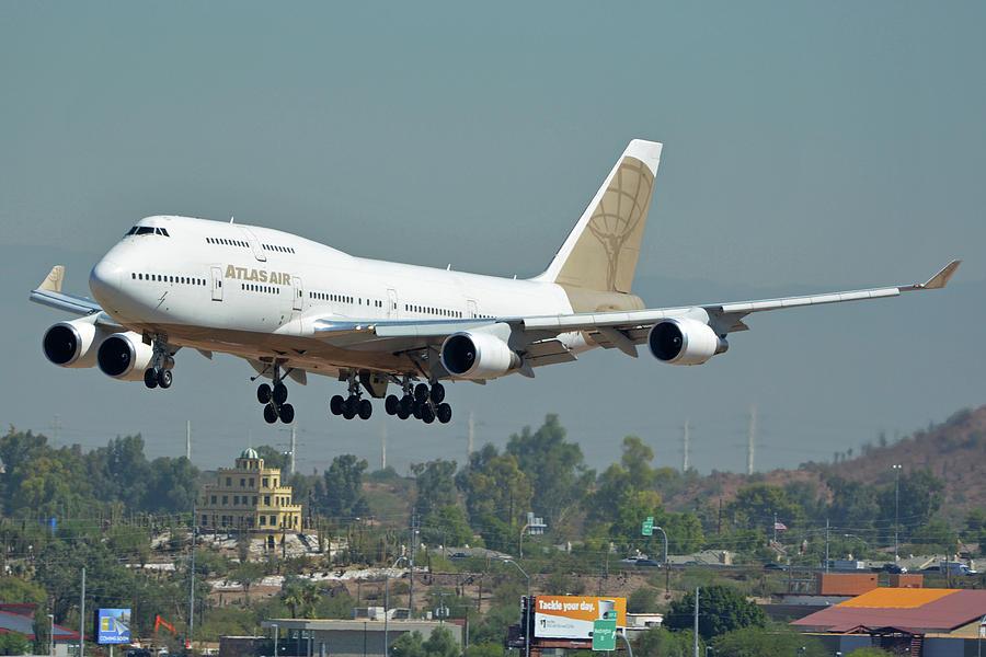 Atlas Air Boeing 747-481 N322SG Phoenix Sky Harbor October 6 2017 by Brian Lockett