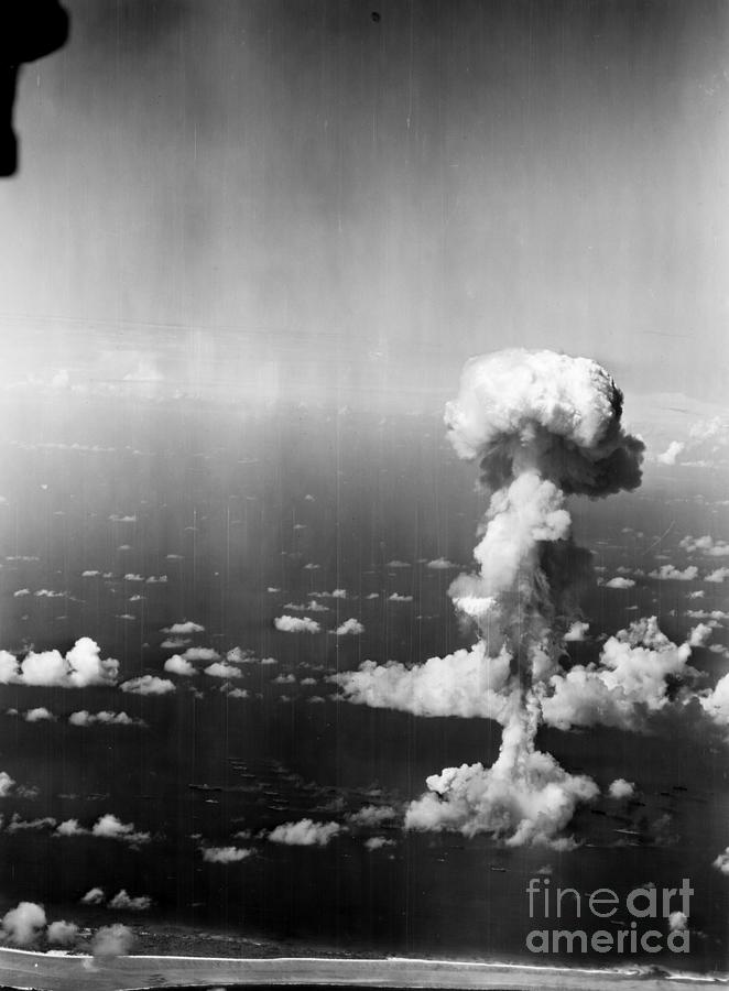 1946 Photograph - Atomic Bomb Test, 1946 by Granger