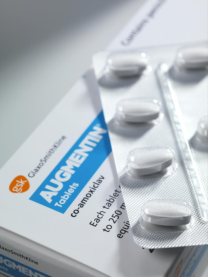 Antibiotic Photograph - Augmentin Antibiotic Pills by Tek Image