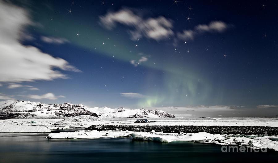 Iceland Photograph - Aurora At Glacier Lagoon by Roddy Atkinson