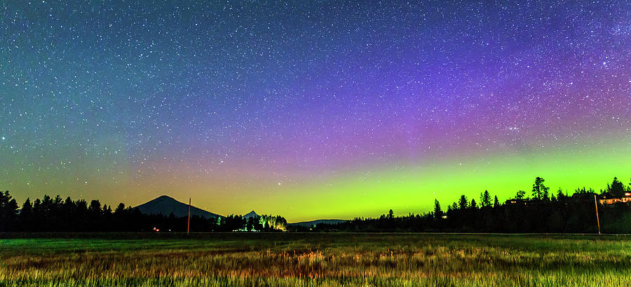 Aurora Borealis Photograph - Aurora In Sisters by Cat Connor