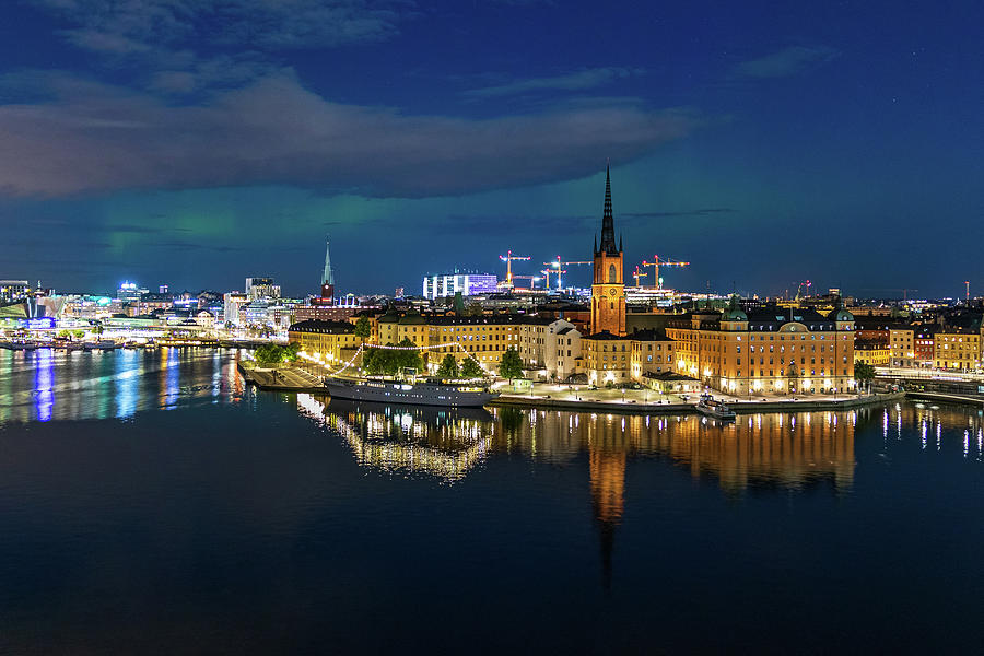 Aurora over Stockholm in the Fall 2018 by Dejan Kostic