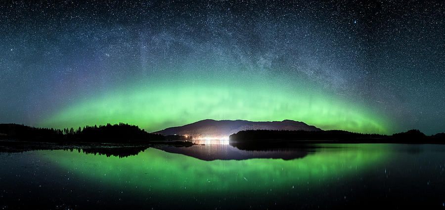 Aurora Pano Hoonah by Ian Johnson