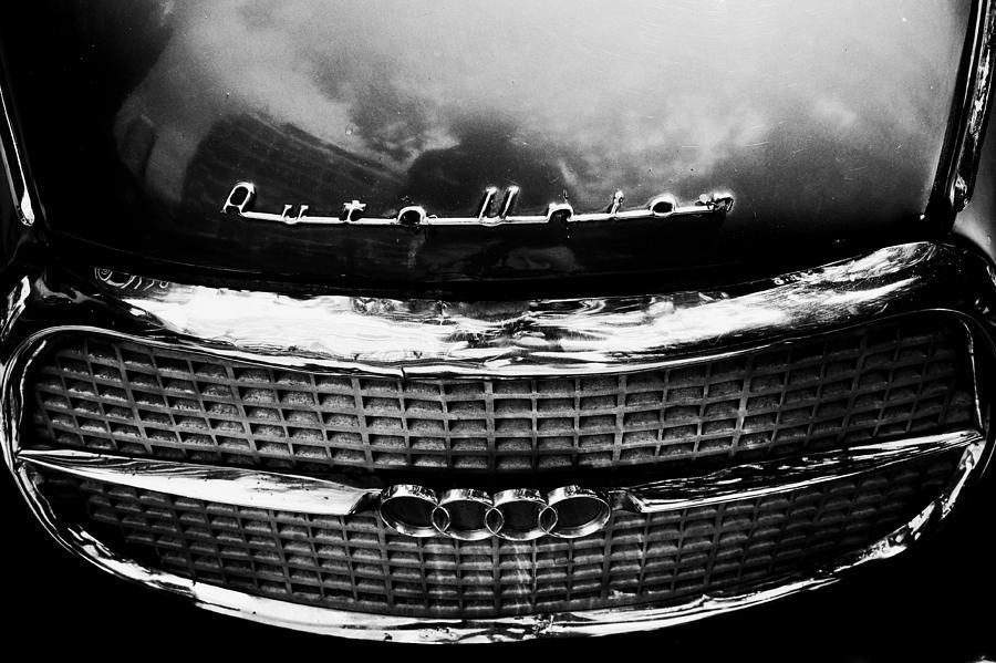 Autounion by Osvaldo Hamer