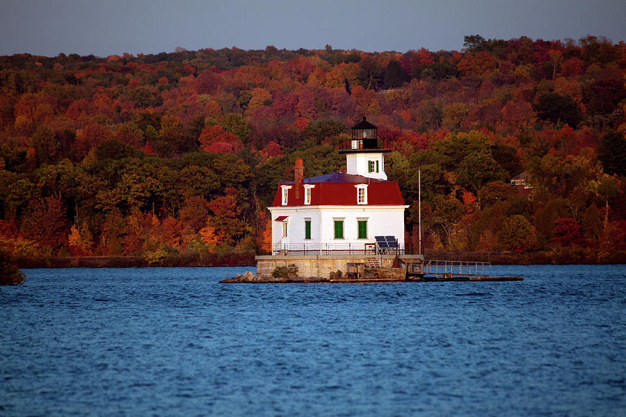 Lighthouse Photograph - Autumn Evening at Esopus Lighthouse by Jeff Severson