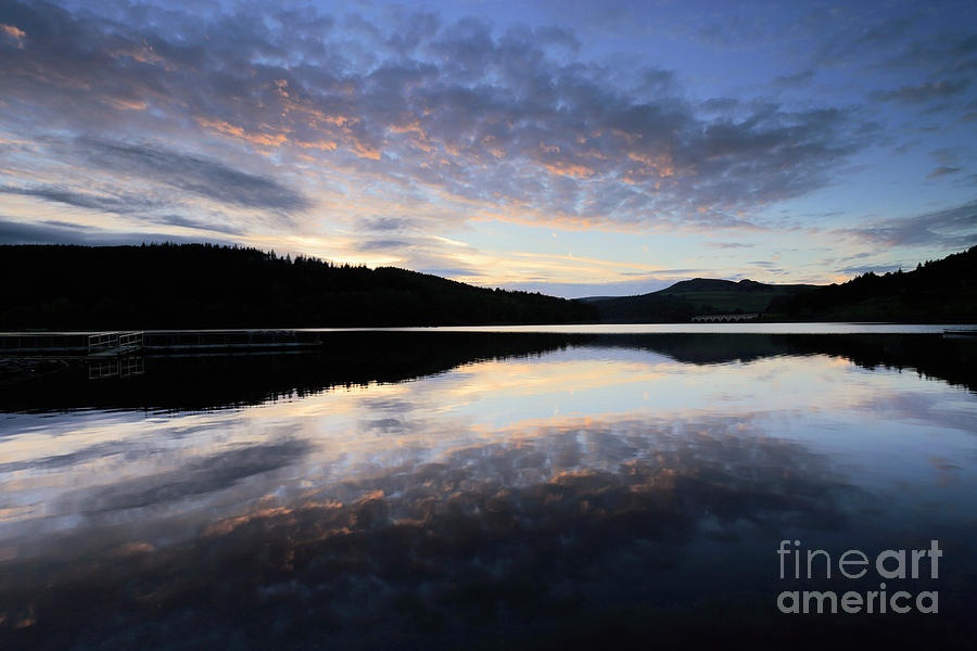 Autumn Photograph - Autumn Sunset, Ladybower Reservoir Derwent Valley Derbyshire by Dave Porter