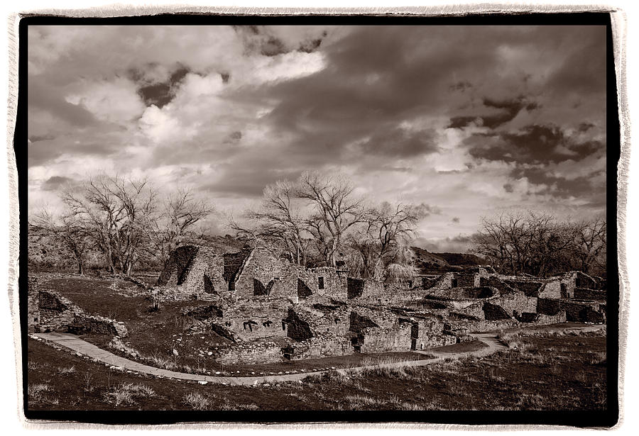 American Photograph - Aztec Ruins National Monument by Steve Gadomski