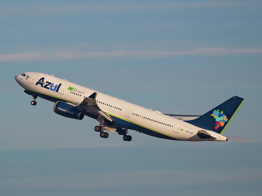Azul Air Photograph by Dart Humeston