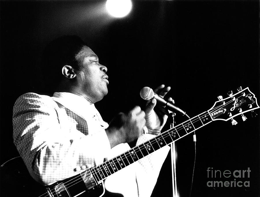 B B King Photograph - B B King 1978 by Chris Walter