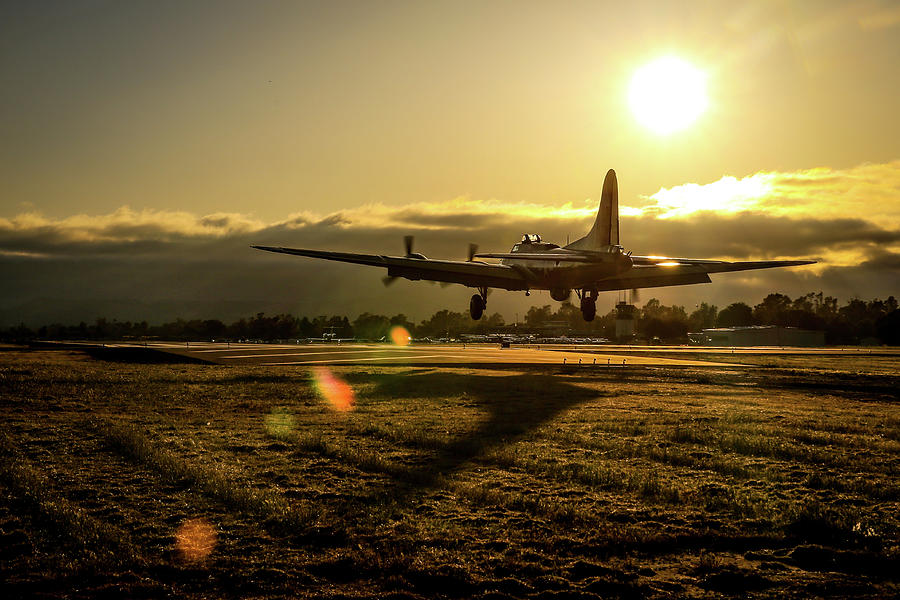 Livermore Photograph - B17 Landing At Livermore by John King